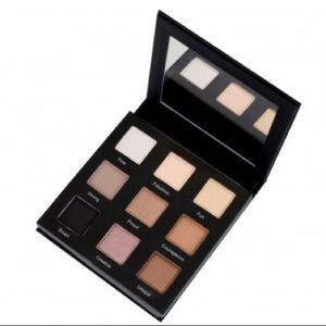 RealHer Playbook I Eyeshadow Palette